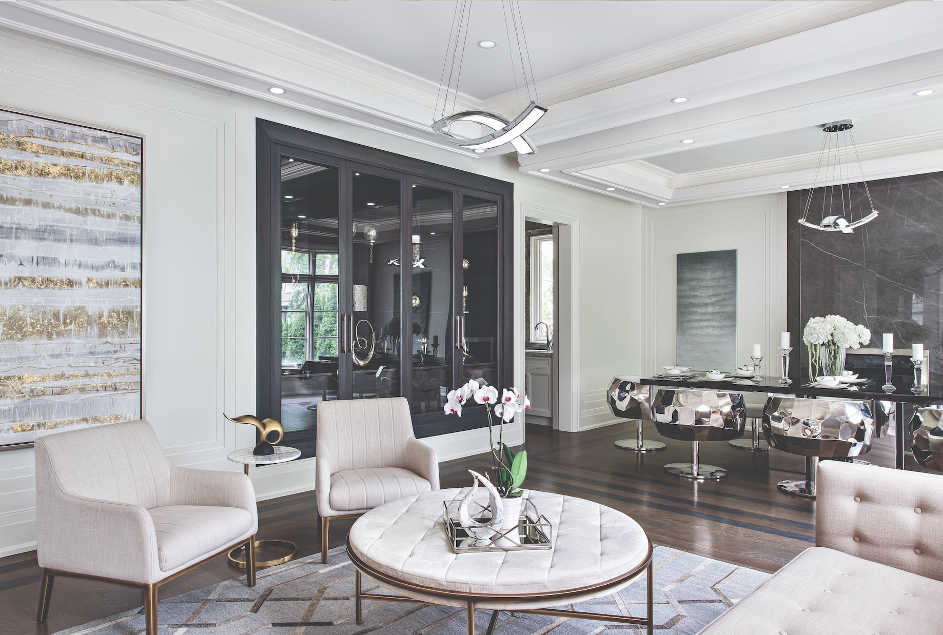 custom dining room with gray marble wall decor